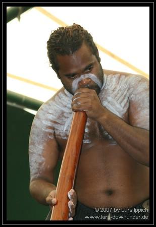 Digeridoo-Vorführung